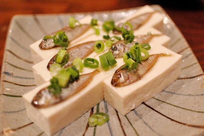 sukugarasu auf dem tofu