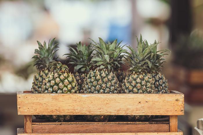 ananas im korb