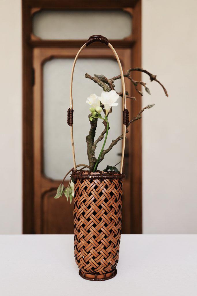 ikebana auf dem tisch