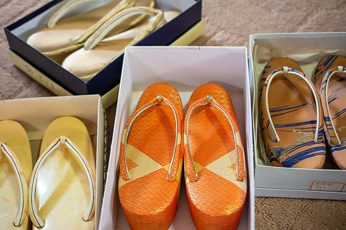 Schuhe für Kimono, Zori Sandalen